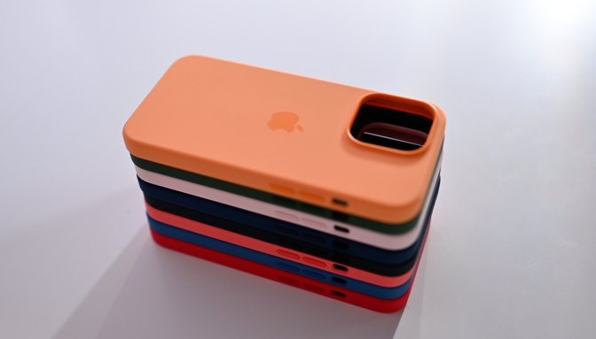 Hands on with Apple's iPhone 13 Pro silicone cases