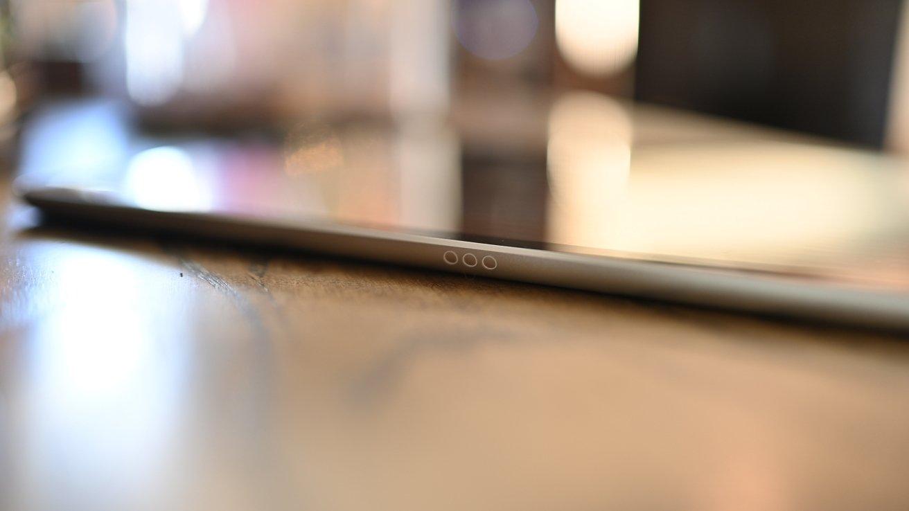 Smart Connector on iPad