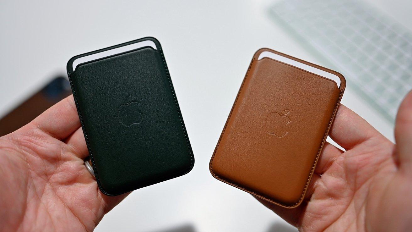 First gen wallet (left) and second gen wallet (right)