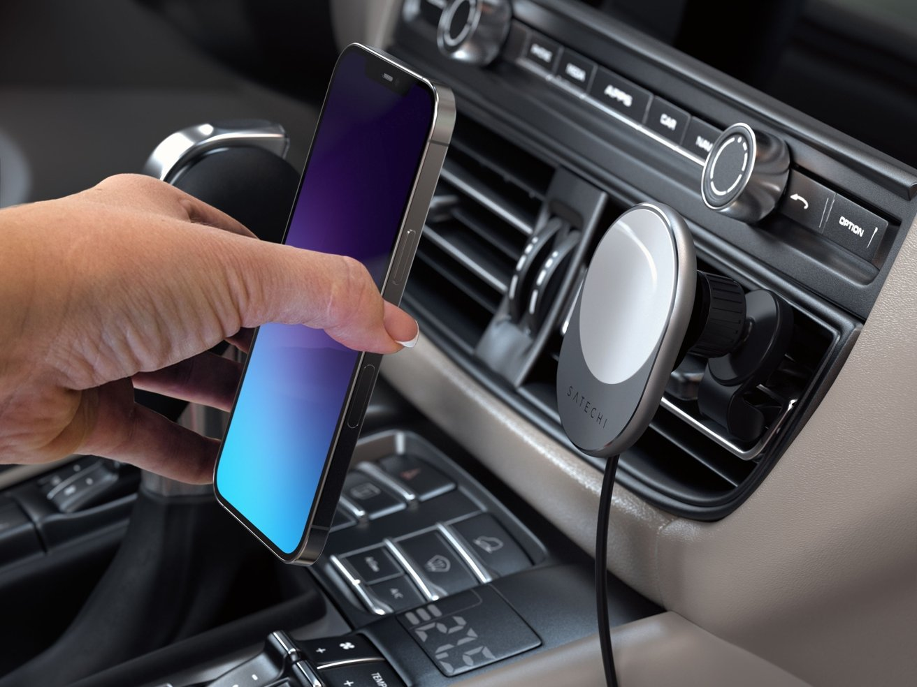 Satechi's in-car magnetic charger