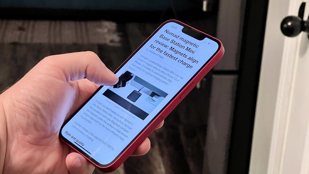 Reading Apple News on iPhone 13