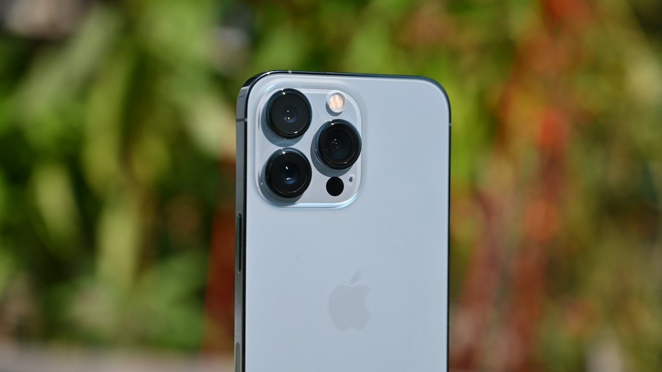 Cameras on iPhone 13 Pro