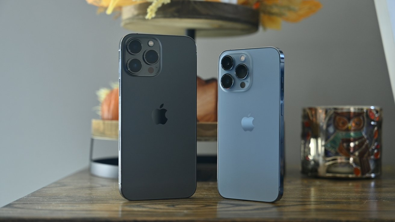 Here is the iPhone 13 Pro Max and iPhone 13 Pro