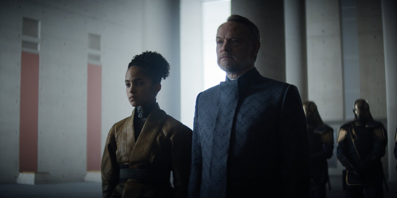 Jared Harris and Lou Llobell in
