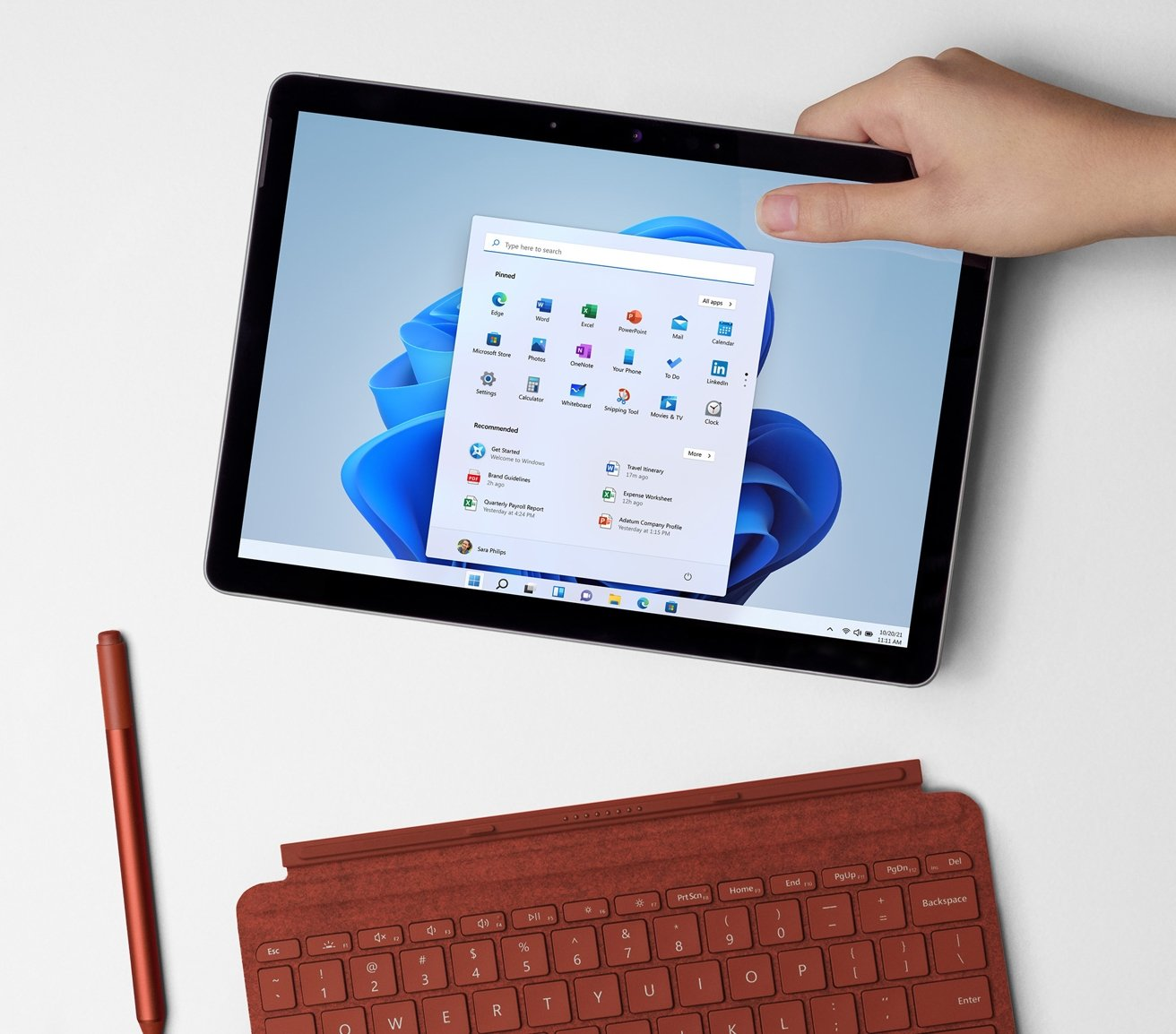 It may have a similar screen size to the iPads, but the Surface Go 3's resolution isn't as high.