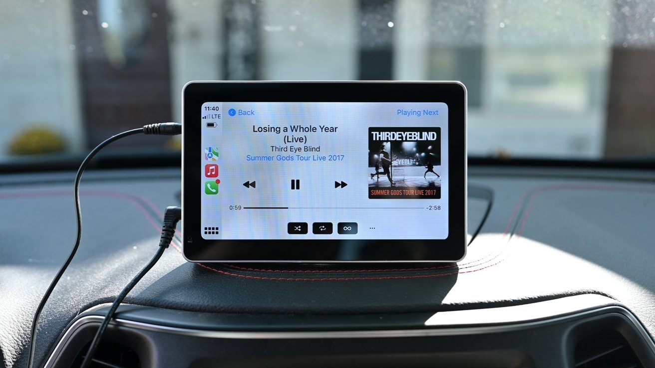 Intellidash Pro review: The easiest way to add wireless CarPlay to your ride