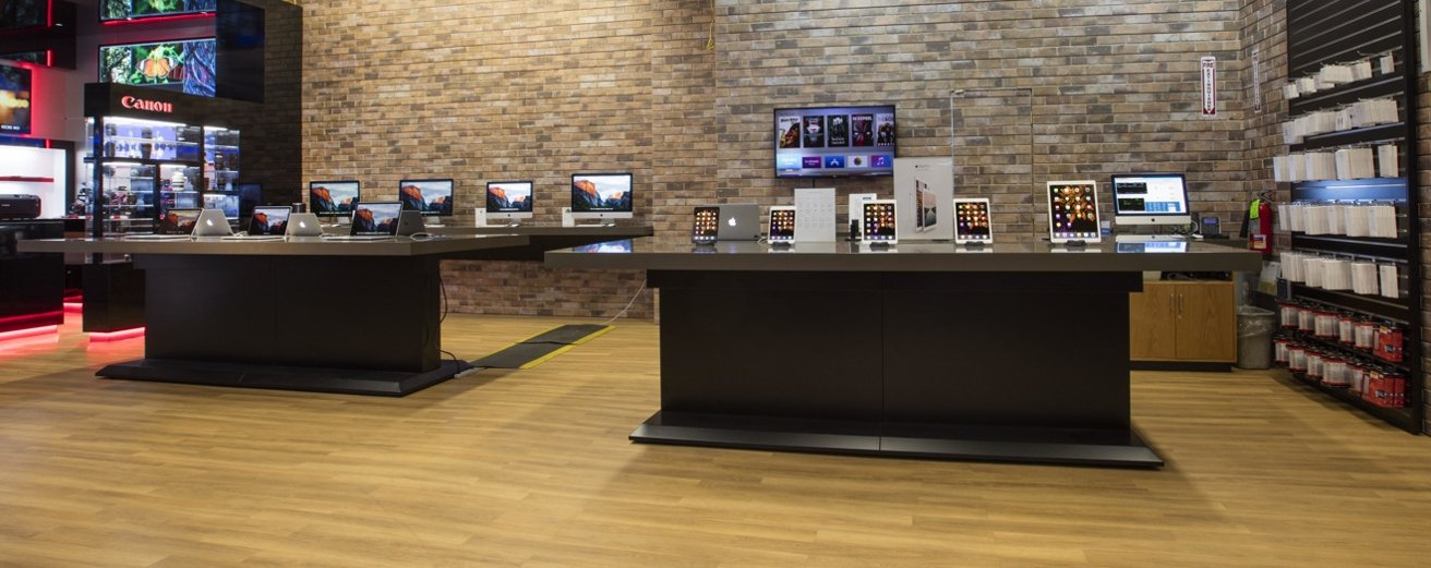 Apple hardware at Adorama's NYC store
