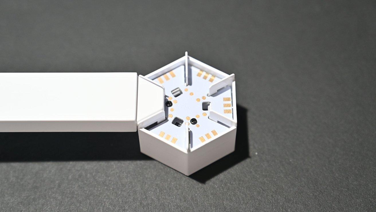 The hexagon connectors for Nanoleaf Lines