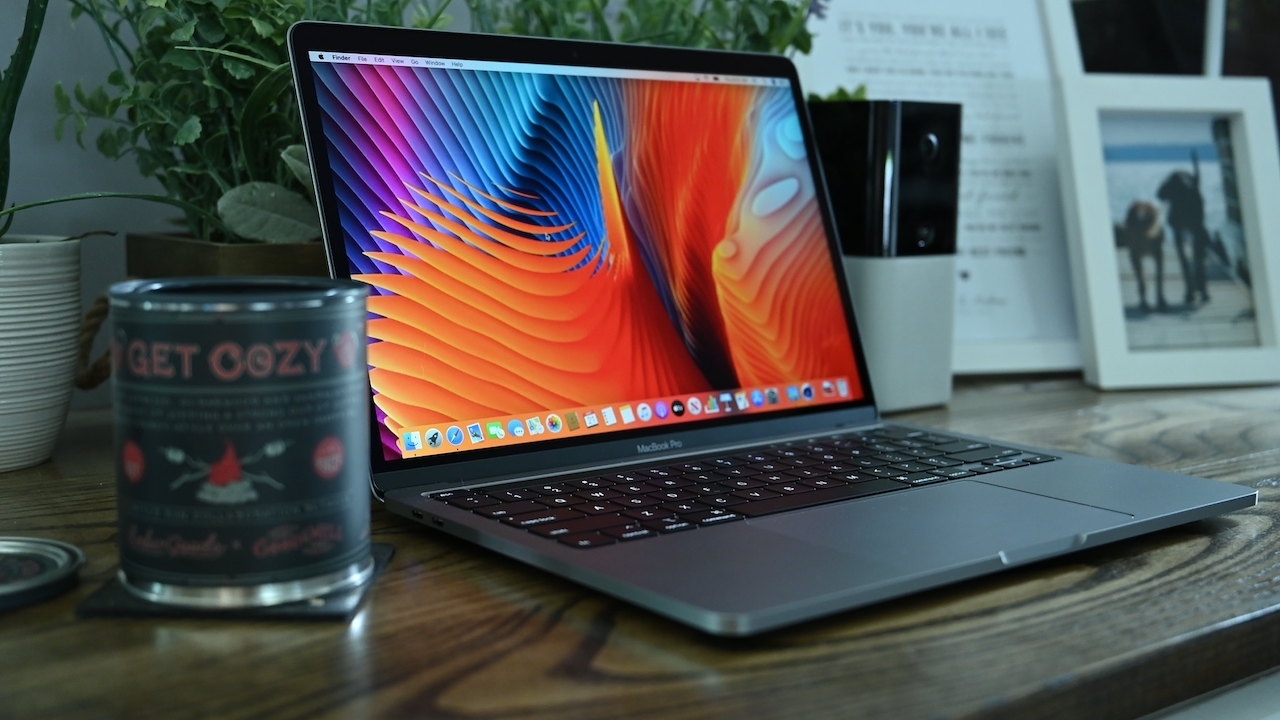 MacBook Pro refresh could reuse the iPhone's notch in the display